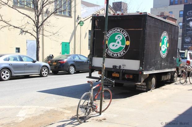 Camion de livraison de la bière de Brooklyn, Williamsburg à Brooklyn