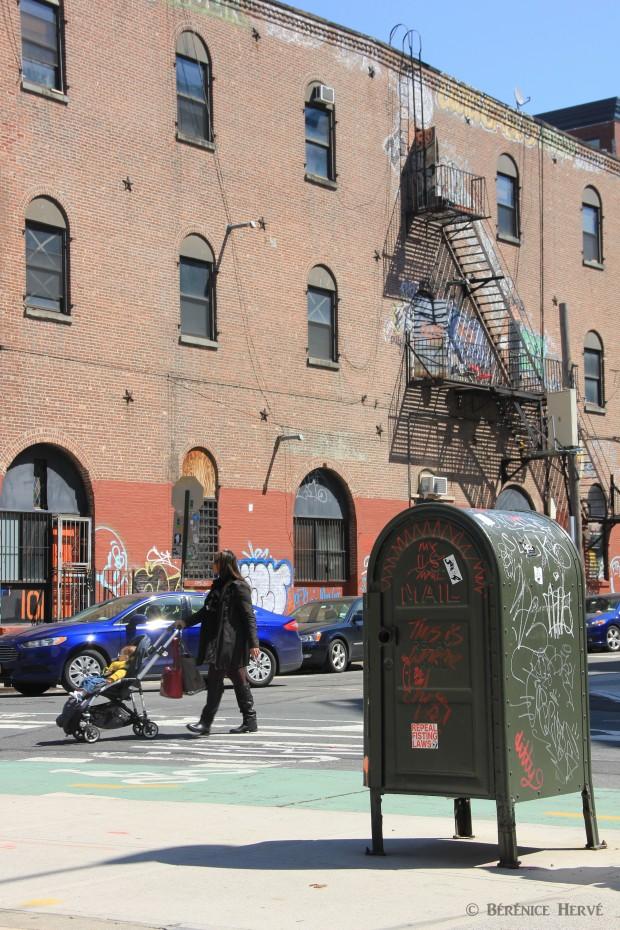 Mobilier urbain dans le quartier de Williamsburg, Brooklyn